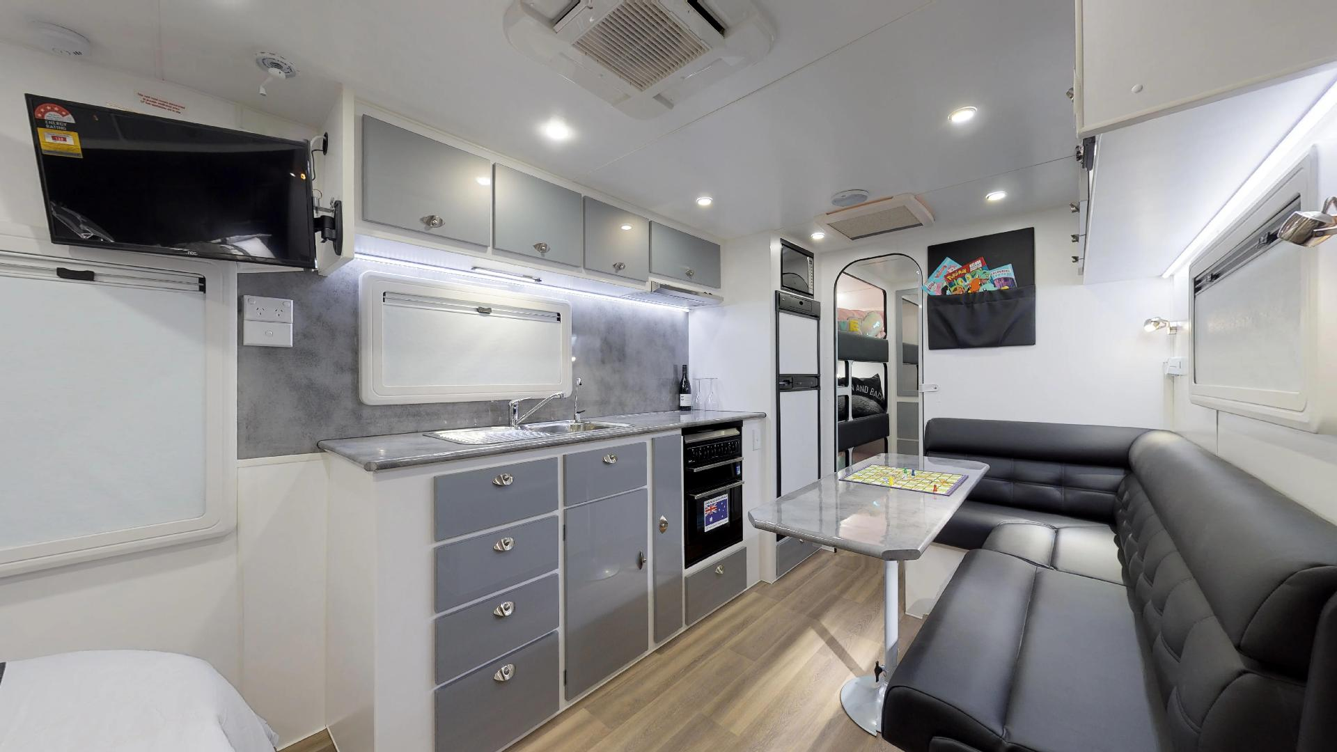 23ft Ultimate Family Design Tour Image 1