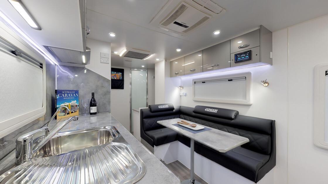 21ft-ultimate-family-design-rear-door-2020-internal-photo-10