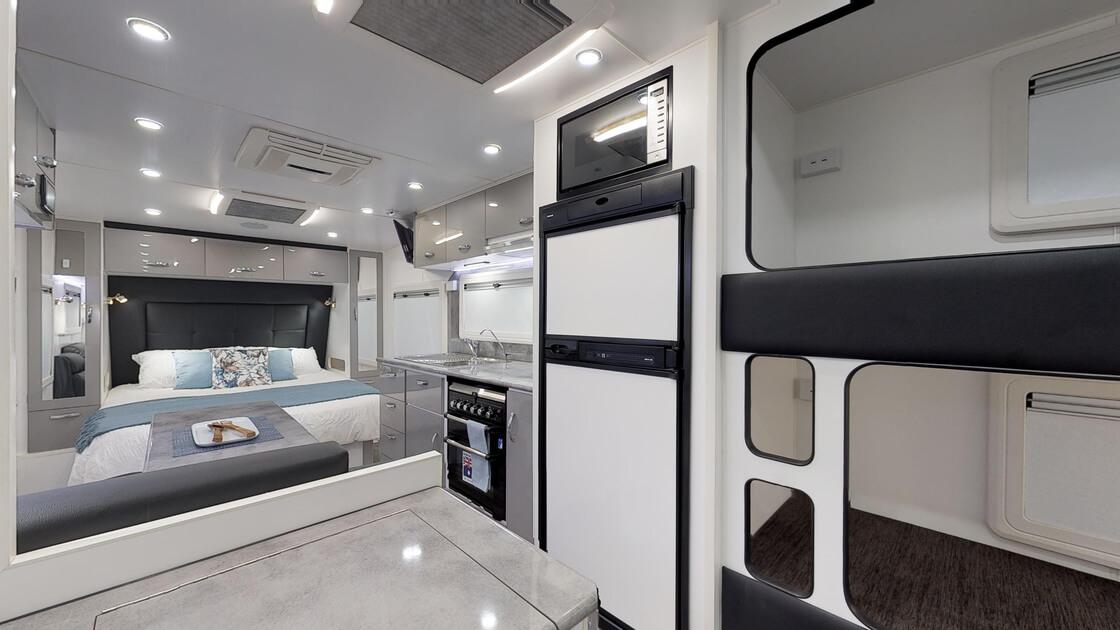 21ft-ultimate-family-design-rear-door-2020-internal-photo-13