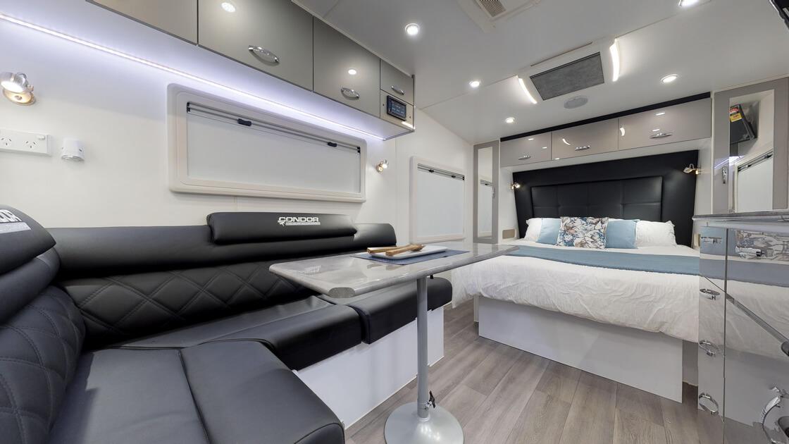 21ft-ultimate-family-design-rear-door-2020-internal-photo-18