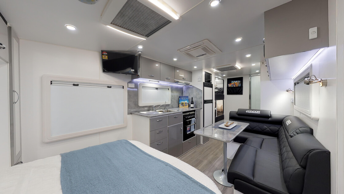 21ft-ultimate-family-design-rear-door-2020-internal-photo-9