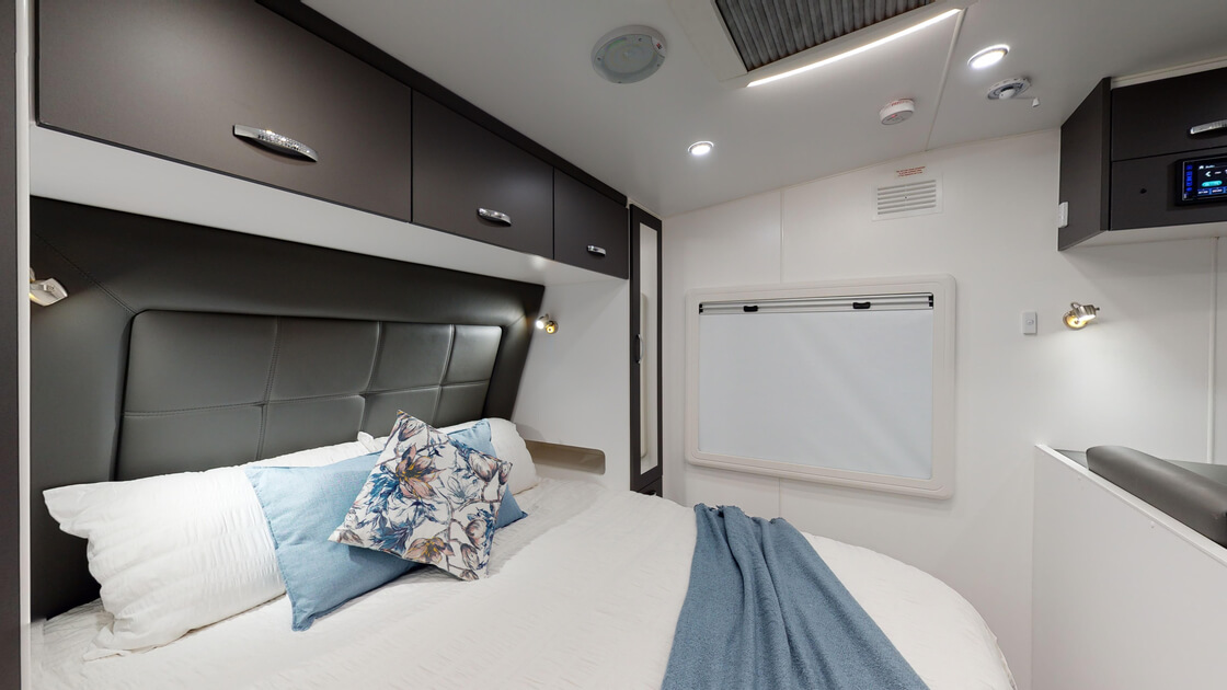 21ft-bluewave-internal-photo-10