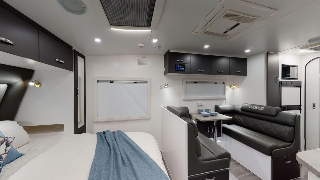 21ft-bluewave-internal-photo-22