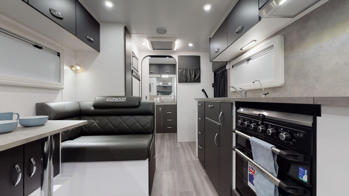 21ft-bluewave-internal-photo-30