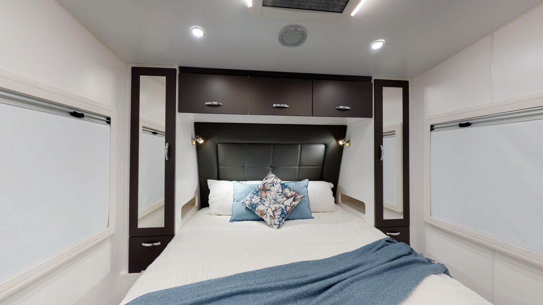 21ft-bluewave-internal-photo-6