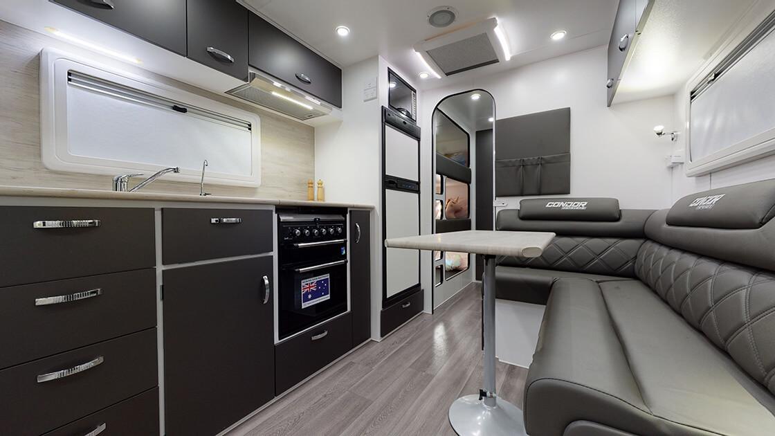 21ft-ultimate-family-design-2021-interior-photo-4
