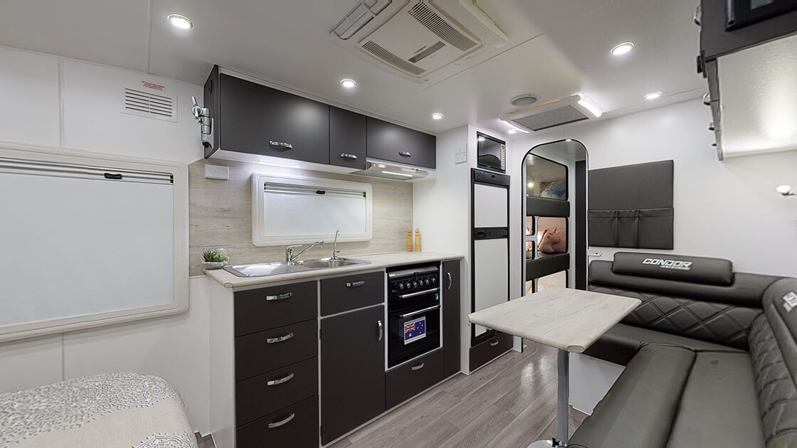 23ft-ultimate-family-design-2021-interior-photo-19