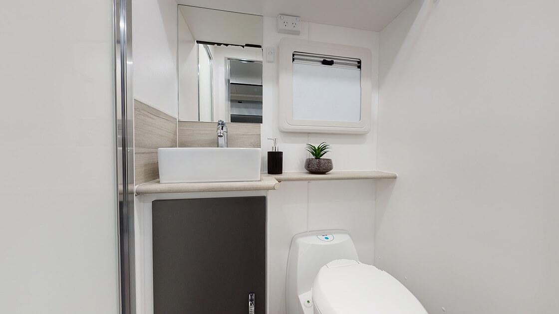 23ft-ultimate-family-design-2021-interior-photo-3