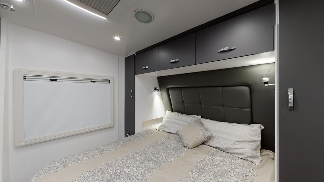 23ft-ultimate-family-design-2021-interior-photo-8