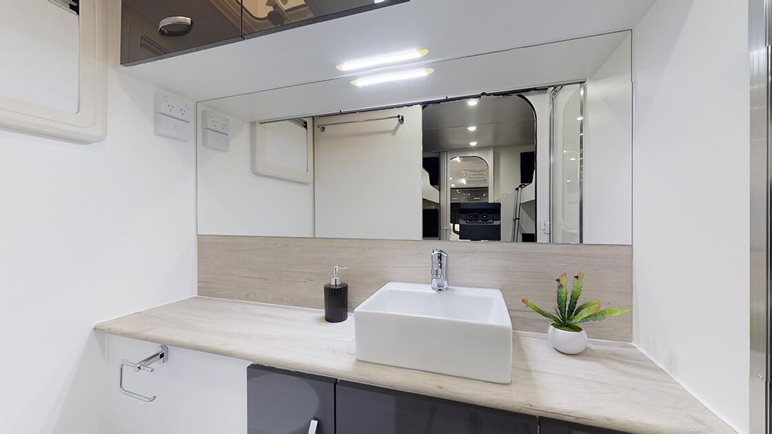 24ft-ultimate-family-design-2021-interior-photo-10