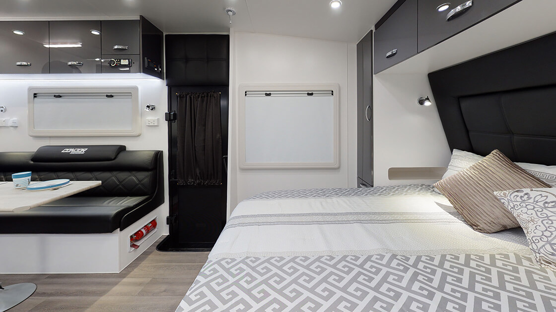 24ft-ultimate-family-design-2021-interior-photo-13
