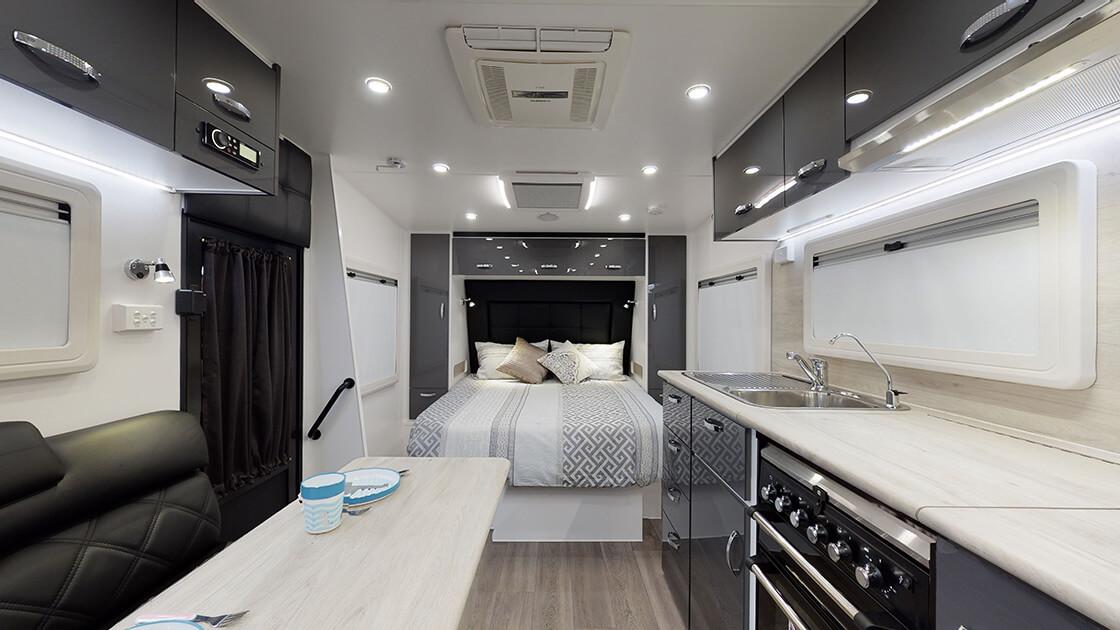 24ft-ultimate-family-design-2021-interior-photo-18